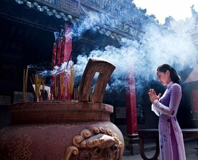 9 điều đặc biệt cần phải tránh khi đi lễ chùa kẻo mất hết phước lộc lại rước họa vào nhà